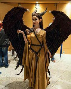 Beautiful Evil Angel  #Angel #cute #beautiful #sexy #cosplay #costume #wings #stunning #photography #model