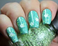 """Sinful Colors Shamrockin' + Mint Apple from the """"Kiss Me, I'm Stylish"""" collection"""