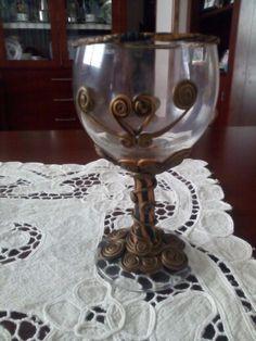 Copa decorada con arcilla polimérica