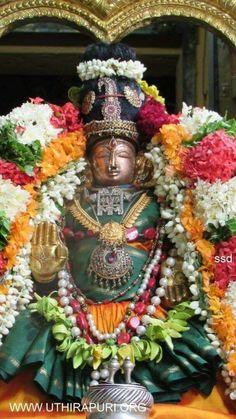 Friday Wishes, Sri Ganesh, Birth And Death, Great King, Goddess Lakshmi, Hindu Deities, Gods Grace, Indian Gods, Gods And Goddesses