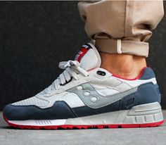 Saucony Shadow 5000 – Grey / Red