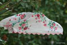 DIY: How to Make Wire Hanger Slipcovers using Vintage Tablecloth Scraps - cherished*vintage