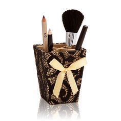 Golden Luxe kutijica za make-up Oriflame Cosmetics, It Cosmetics Brushes, Diffuser, Make Up, Accessories, Beauty, Autumn, Crates, Manualidades