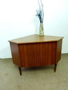 MEUBLE D' ANGLE Design SCANDINAVE d'époque 60 Placage Noyer Angles, Credenza, Cabinet, Storage, Furniture, Design, Home Decor, Corner Vanity Unit, Wood Veneer
