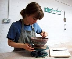 regram @kateweltonceramics This month I'm going to be taking part in #marchmeetthemaker and posting every day about an element of my creative practice!  Today's theme is 'You' so here I am decorating a bowl in @potteryrachel lovely studio where I work as an assistant to Rachel Dormor. Before I set up my studio space I was lucky enough to be able to use Rachel's workshop to make my own work. My ceramic work is all thrown in Stoneware on the potter's wheel and then decorated with slips using a…
