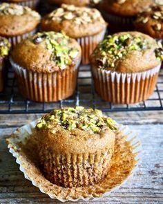 One pot wonder - lettvint gryterett - Mat På Bordet Healthy Baking, Healthy Desserts, Healthy Recipes, Breakfast Muffins, Cake Cookies, No Bake Cake, Cake Recipes, Sweet Treats, Food And Drink