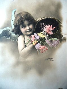 Antique angel postcard - Little girl child, Edwardian wings portrait, basket…