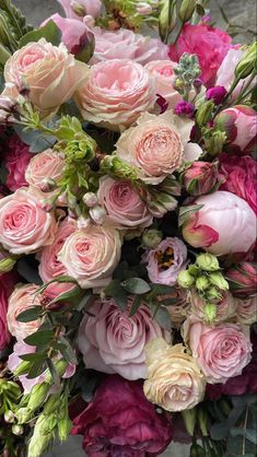 Beautiful Rose Flowers, Beautiful Flower Arrangements, Floral Arrangements, Beautiful Flowers, Fresh Flowers, Flowers For Algernon, Blue And Purple Flowers, Floral Photography, Flower Photos
