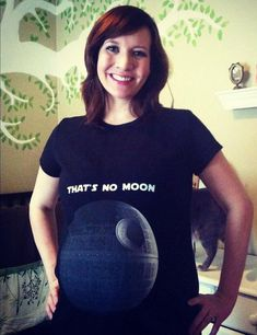 That's no Moon - Funny t-shirt with Death Star from Star Wars.