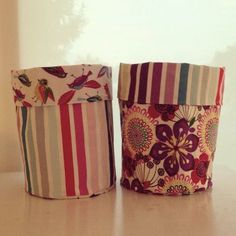 Diy And Crafts Sewing, Fabric Crafts, Sewing Projects, Arts And Crafts, Sewing Diy, Wedding Pom Poms, Origami, Pom Pom Crafts, Fabric Boxes