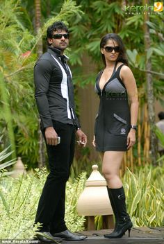 billa the don malayalam movie photos 004 Anushka Images, Anushka Photos, Bollywood Posters, Bollywood Actors, Beautiful Girl Indian, Most Beautiful Indian Actress, Hot Actresses, Indian Actresses, Prabhas Actor