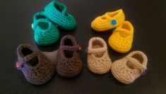 FREE Baby's First Crochet Mary Jane Booties Pattern