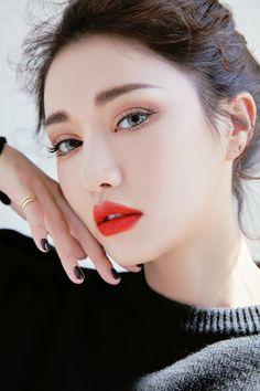 velvet lip tint in 2020 Red Lip Makeup, Cut Crease Makeup, Eye Makeup, Makeup Trends, Makeup Tips, Beauty Makeup, Hair Beauty, Asian Makeup Looks, Korean Makeup