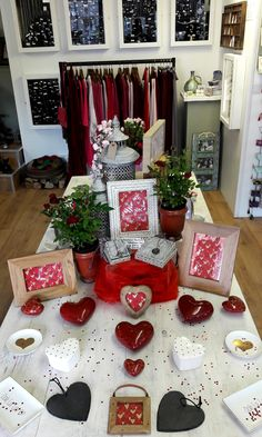 We're feeling the love in of with gorgeous Valentines Day gifts and even co-coordinating fashion collections too. Looking lovely team Ledbury! Herefordshire, Rafting, Valentine Day Gifts, Collections, Holiday Decor, Pretty, Fashion, Gifts For Valentines Day, Moda