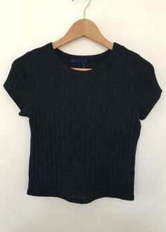 hazel knit t-crop top $13