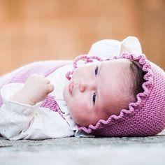 Nuestros bebés siempre con capota!! #hechoamano #handmade #bebés #babies foto de @click10fotografia