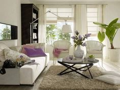 how to decorate small living rooms