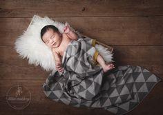 Elias I 7 Tage   Neugeborenenfoto/ Babyfoto der Kinderfotografin © Miriam Ellerbrake, aufgenommen im Little Monkey Fotostudio, Berlin Prenzlauer Berg