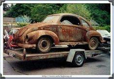 VW Kohlruss Carosserie modified Austrian Steyr body on a KDF Chassis. Fiat 500, Vw Modelle, Porsche, Vw Pickup, Vw Lt, Combi Vw, Vw Vintage, Beach Buggy, Wheels On The Bus