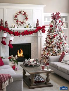 Artificial fir tree as Christmas decoration? An artificial Christmas Tree or a real one? Lovers of artificial Christmas decorations , such as for instance Christmas tree or artificial Advent wreath kn Christmas Living Rooms, Christmas Room, Christmas Mantels, Noel Christmas, Christmas Themes, Christmas Tree Decorations, Apartment Christmas Decorations, Rustic Christmas, Christmas Decorating Themes