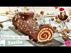 Traditional rolled Christmas log with chocolate {easy and fast} Chocolate Log, Christmas Chocolate, Christmas Desserts, Christmas Traditions, Christmas Dinners, Christmas Recipes, Traditional Christmas Dinner, Christmas Log, Christmas Ideas