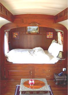 Popular Uses   Roulottes USA   Tiny House Caravans   Small House   Off-Grid House   Gypsy Caravans
