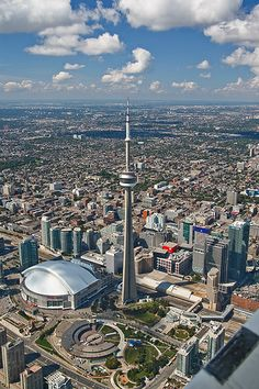 The CN Tower Toronto Canada - CN Tower is the world's tallest free-standing structure. Toronto Canada, Visit Toronto, Toronto City, Toronto Skyline, Canada Eh, Ottawa, Quebec, Vancouver, Great Places