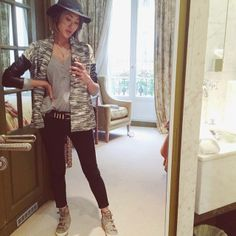 We love famed fashion blogger, Chriselle Lim, in her cool, casual traveling outfit paired with her Ash high tops!