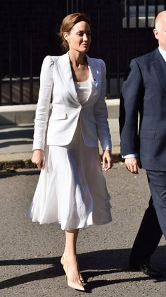 Pin for Later: 28 Styling Tricks We're Stealing From Angelina Jolie and Never Giving Back If You're Going For All White Monochrome, Stick With Neutral Pumps For Total Sophistication