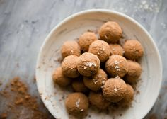 Satisfy Your Sweet Tooth With These Healthy Sea Salt Caramel Chocolate Truffles