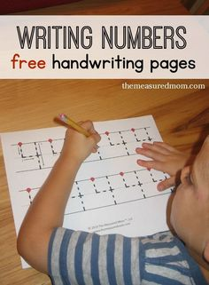 Get free handwriting pages for writing numbers - in three different levels! Preschool Writing, Preschool Printables, Preschool Lessons, Preschool Kindergarten, Preschool Learning, Preschool Activities, Free Printables, Preschool Alphabet, Montessori Elementary