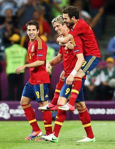 Jordi Alba, Fernando Torres, & Juan Mata Spain v Italy - UEFA EURO 2012 Final....I love their Bromance too, awwww Torres and Mata<3