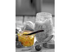 Senf ist eben nicht gleich Senf. Servieren Sie würzig süßen Aprikosen-Senf zu Würstchen oder Grillgemüse und begeistern Sie ihre Gäste. http://www.fuersie.de/kochen/special-einmachen/artikel/aprikosen-senf
