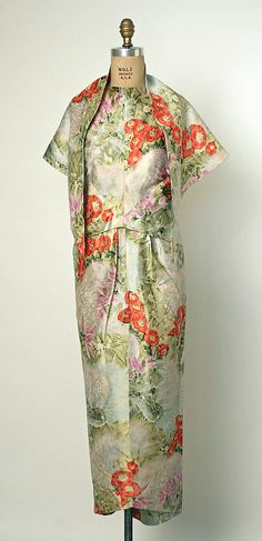 Evening ensemble, balenciaga, ca. 1960, silk, gift of Mers. Diana Vreeland, 1968, Metropolitan Museum of Art