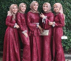 Satin Fasion, Women's Fashion, Brokat, Hijab Dress, Bridesmaid Dresses, Wedding Dresses, Kebaya, Muslim, Fur Coat