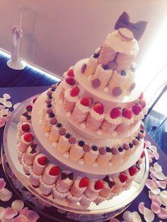 【MARIZON】・ユニークなウエディングケーキ