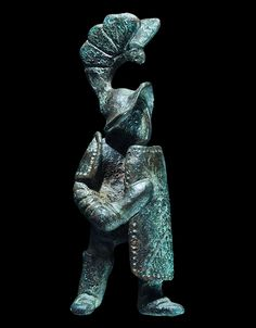 Roman Murmillo Gladiator Statuette, 1st-2nd Century ADA bronze model gladiator of the murmillo type with large rectangular shield and short gladius held ready, armored shoulder and lower legs,...