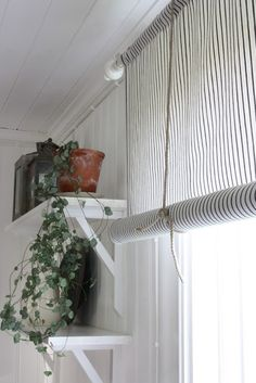 curtain with rope