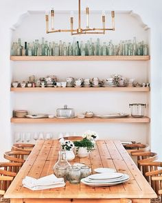 10 Thanksgiving table ideas today on Beckiowens.com + a last minute sitewide pottery barn sale -- details + picks on the blog!  @mydomaine and @laurenconrad