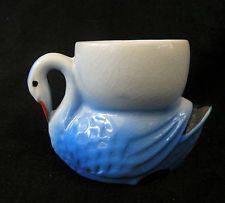 Swan Design Pottery Egg Cup - Excellent Condition