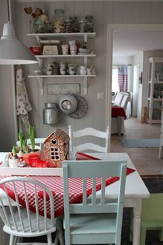 Home Interior White Cottage Fence.Home Interior White Cottage Fence Interior, White Cottage Kitchens, Kitchen Decor, Home Remodeling, Cheap Home Decor, Home Decor, Cottage Kitchen, House Interior, Home Kitchens