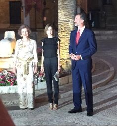King Felipe VI of Spain (R), Queen Letizia of Spain (C) and Queen Sofia (L) attend an official reception at the Almudaina Palace on August 5, 2015 in Palma de Mallorca, Spain.