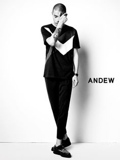 Kwak Ji Young, Park Sung Jin for Andew Spring 2015 collection Korean Male Models, Korean Actors, Park Sung Jin, Young Park, Mens Fashion, Fashion Tips, Hot Guys, Singing, Normcore