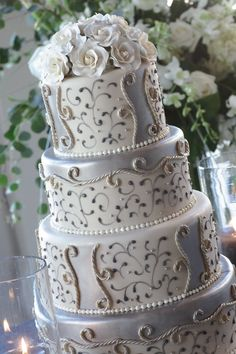 White Wedding Décor Ideas