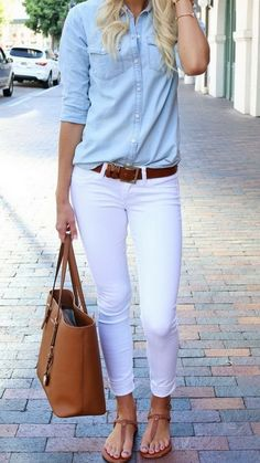 What to Wear With White Jeans This Summer