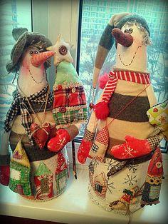 Одноклассники Handmade Christmas Decorations, New Years Decorations, Diy Crafts And Hobbies, Arts And Crafts, Christmas Gnome, Christmas Crafts, Primitive Folk Art, Love Sewing, Bottle Art