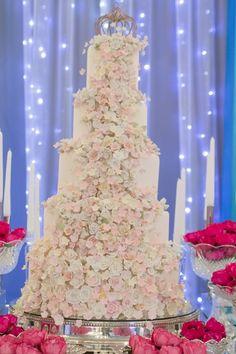 Festa-tema-bailarina-15-anos-bolo-com-flores