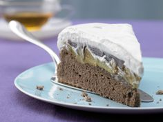 Ein echtes Prachtstück auf jeder Kaffeetafel! Quittentorte - mit Quark-Joghurt-Creme - smarter - Kalorien: 197 Kcal - Zeit: 1 Std. 15 Min. | eatsmarter.de