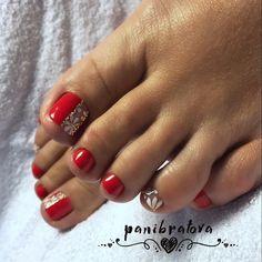 Педикюр Shellac Pedicure, Pedicure Colors, Pedicure Designs, Toe Nail Designs, Manicure And Pedicure, Pedicure Ideas, Pretty Toe Nails, Cute Toe Nails, Toe Nail Art