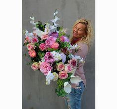 dekoracja / wiązanka nagrobna XL Różowa Aleja Floral Wreath, Dots, Wreaths, Decor, Flowers, Stitches, Dekoration, Flower Crown, Decoration